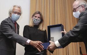 Blanca Sorigué es converteix en la primera dona que rep el Lingot de Plata de la Logística